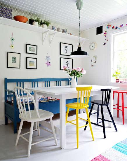 cadeiras-muito-coloridas