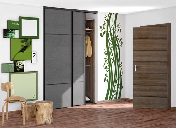fotos de roupeiros. Black Bedroom Furniture Sets. Home Design Ideas