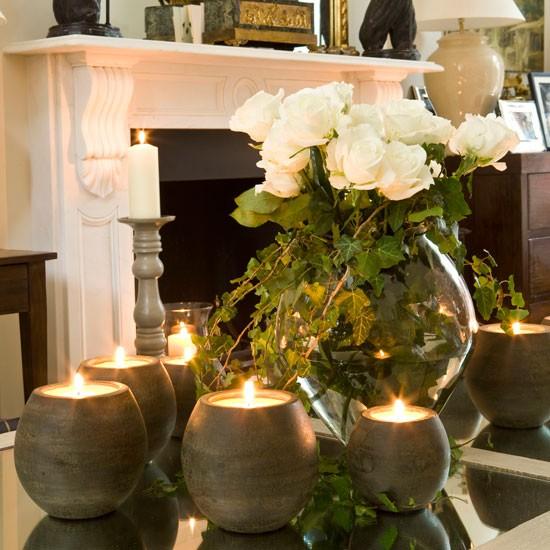 decoração com flores e velas