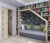 decoração criativa por baixo das escadas