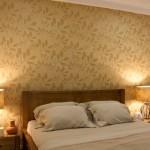 fotos de paredes decoradas com papel de parede