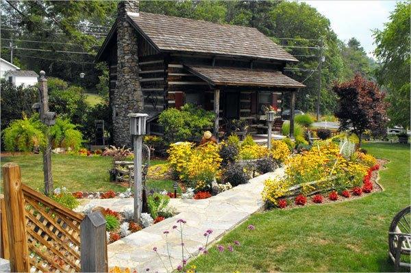 casas pequenas com jardim