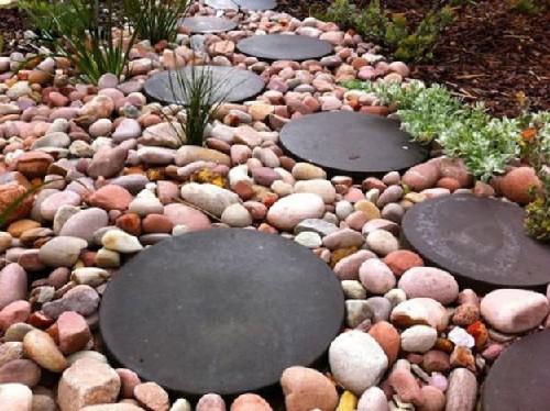 Fotos de decoração de jardim com seixos