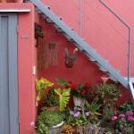 Decoração de escadas com plantas