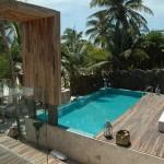 fotos de decoração de piscinas pequenas