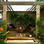jardim-com-pergola-bambu